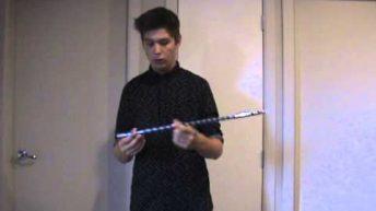 Cách làm ảo thuật tay không biến ra cây gậy