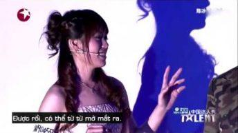 Màn biểu diễn của nữ ảo thuật gia Trung Quốc cực đáng yêu