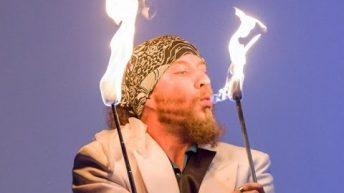 Xiếc ảo thuật múa lửa
